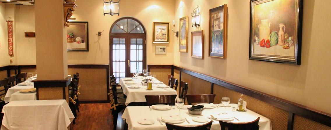 http://www.azafranrestaurantes.com/wp-content/uploads/2015/03/taberna-1136x448.jpg